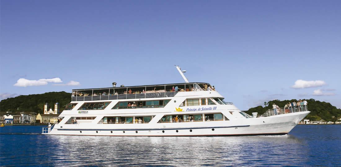 barco-principe-de-joinville-1100x5401