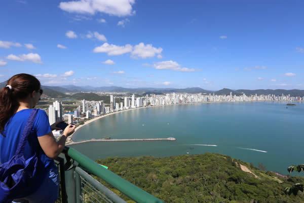 Conheça as principais praias de Balneário Camboriú - SC