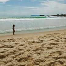 Canto Direito Da Praia De Quatro Ilhas - Bombinhas