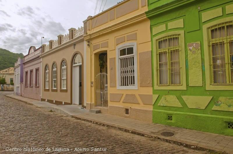 Casarios, Centro Histórico De Laguna - Acervo Santur