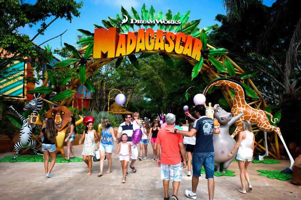 Madagascar Circus Show: a magia do circo no Beto Carrero World