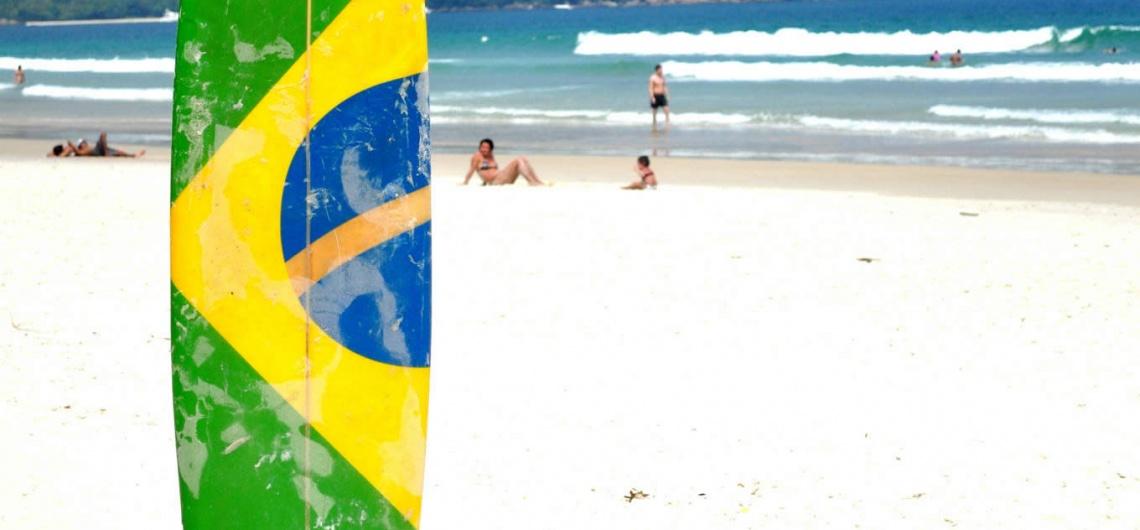 As melhores praias de Balneário Camboriú para Surfistas