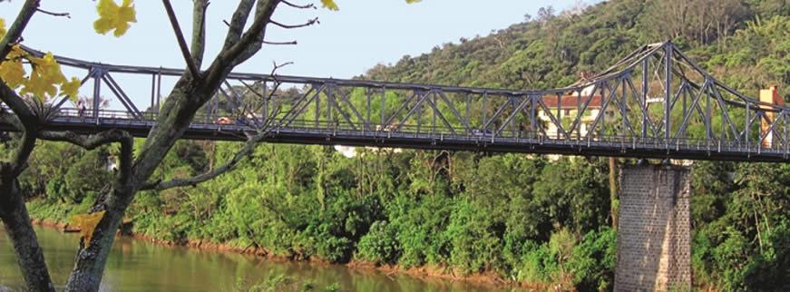 Blumenau - Santa Catarina - Brasil - Ponte Aldo Pereira de Andrade
