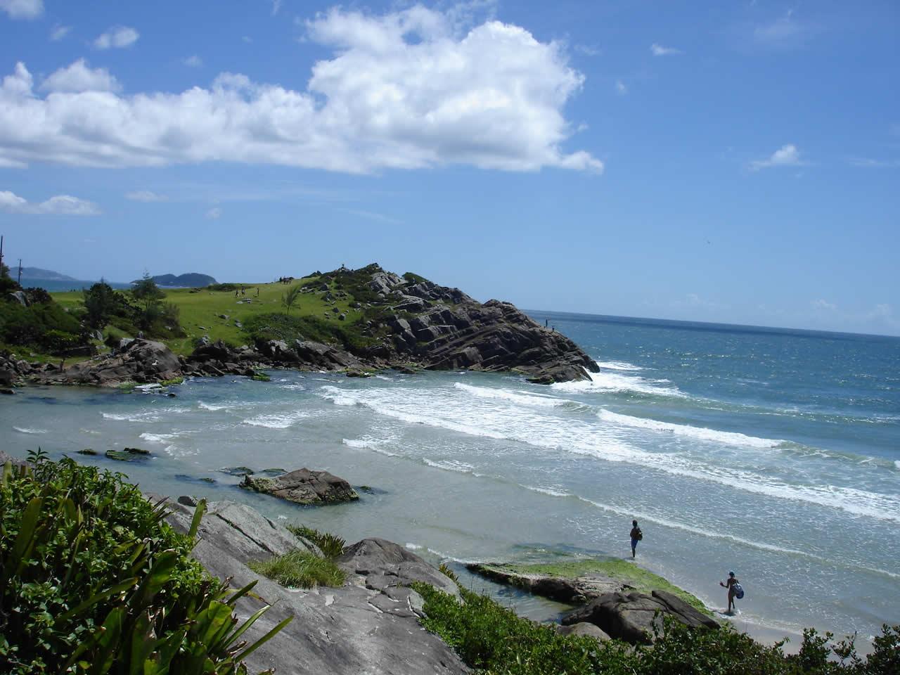 Conheça as praias de Porto Belo | Casa do Turista