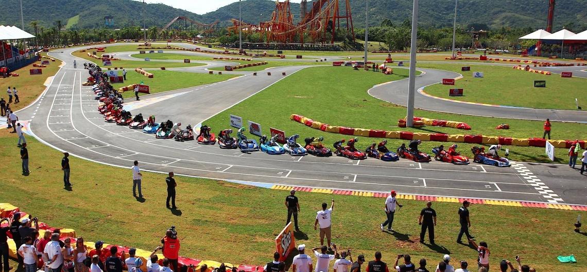 Kartódromo Internacional Beto Carrero: aventura como na Fórmula 1
