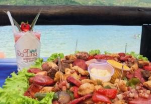 A gastronomia dos restaurantes da Ilha de Porto Belo. Fonte: Ilha de Porto Belo.