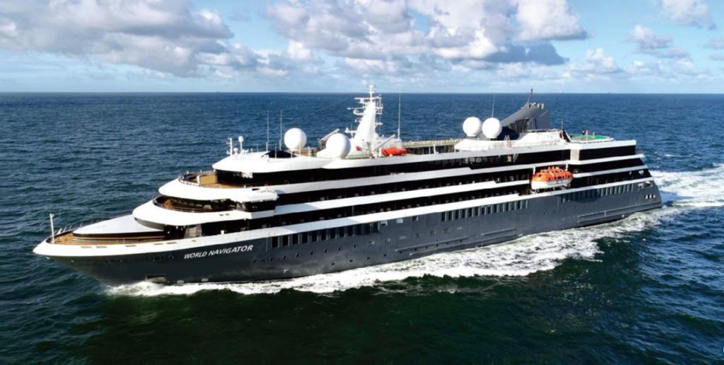 Navio de Cruzeiro World Navigation